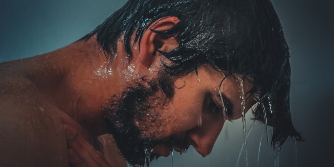Becoming One with the Cold: My HIIT Contrast Shower Routine
